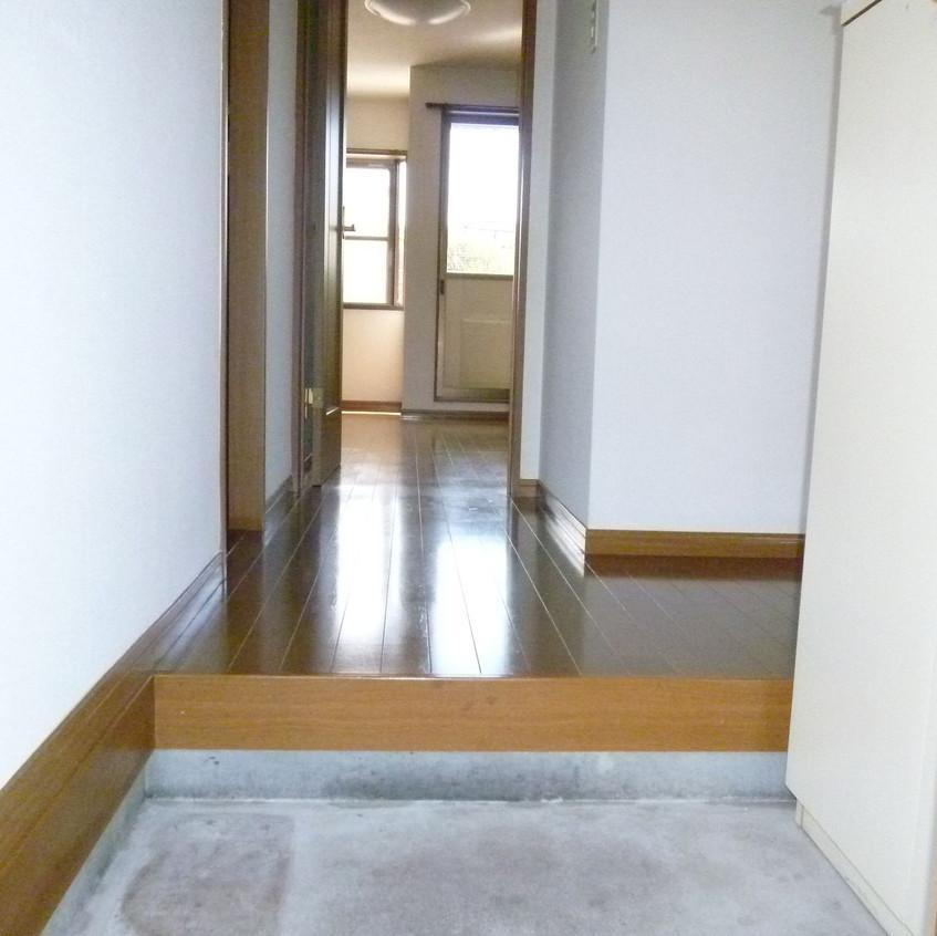 フローラ1-101-玄関