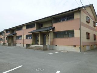 【フローラハイツ2-201】7月末空予定! エアコン2台付、来客用駐車場、駐輪場完備!