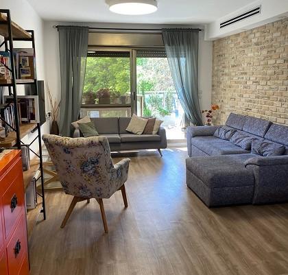 דירת 5 חדרים מדהימה במתחם 200