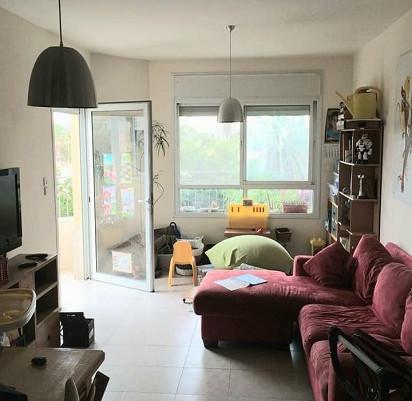 דירת 4 חדרים מרווחת במיקום מעולה