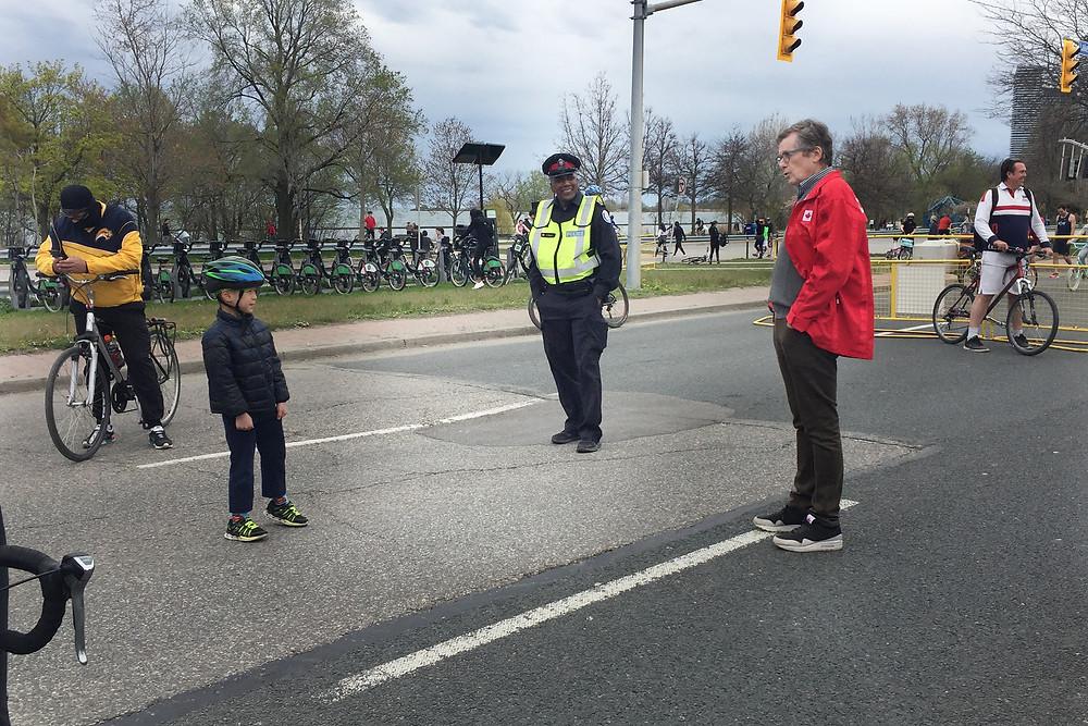 ActiveTO – Lake Shore Blvd. Toronto Mayor John Tory visiting the road closure site.