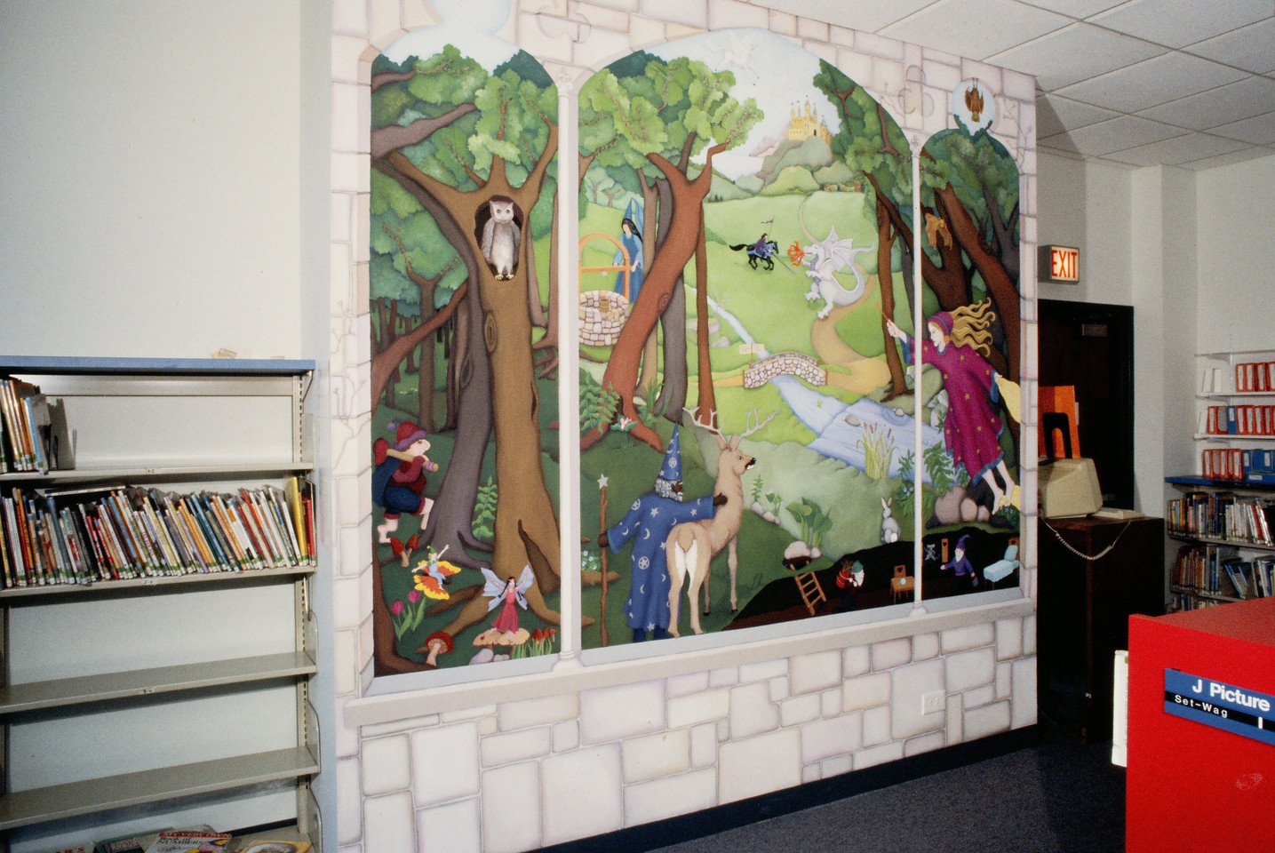 Inger Boye Children's Room mural, Highland Park Library, Highland Park IL, 8' x 15'