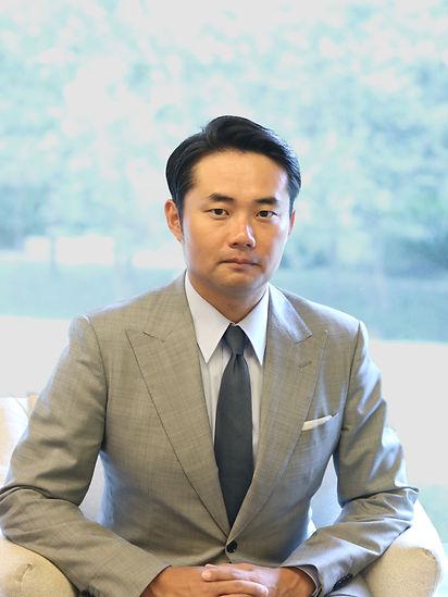 杉村太蔵宣材写真1.jpg