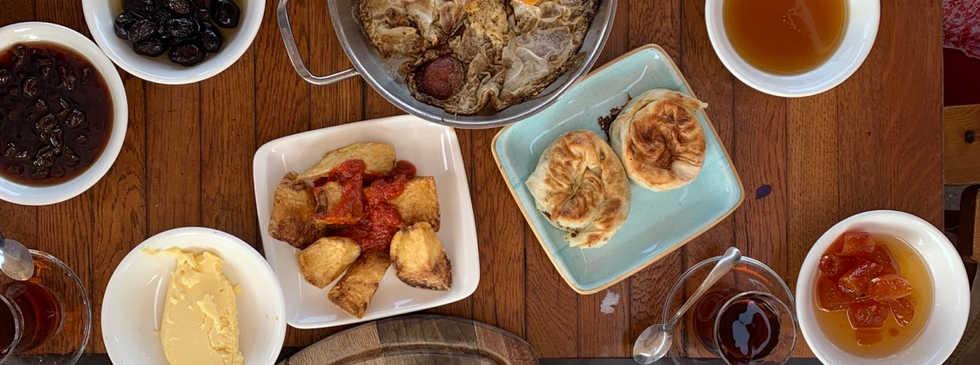 Frühstücken bei Mekan