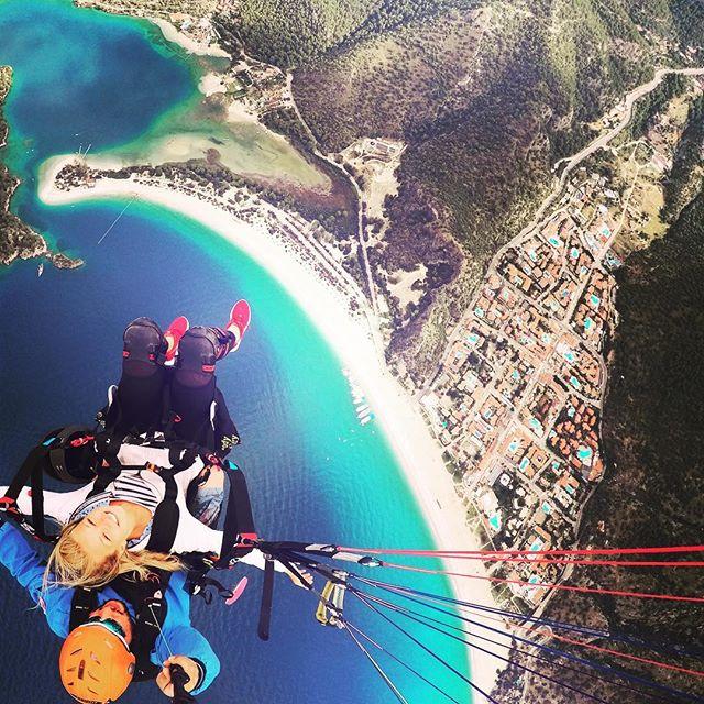 Paragliden in Ölüdeniz #villakaktus #villamutlu #tatil #enjoylife #türkiye #ölüdeniz #ölüdenizfethiye #evoteli#ferien #güzelhayat #güneş