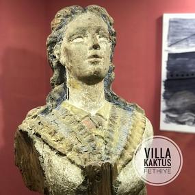 Besuch im Archäologischem Museum ! Mitten in der Stadt befindet sich dieses kleine Museum mit Fundstücken  aus der Region um Fethiye herum.jpg