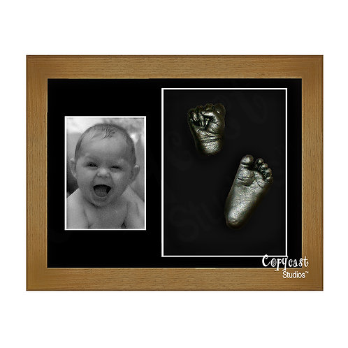 """Baby Casting Kit with 12""""x9"""" Caramel Box Frame and Black Mount"""