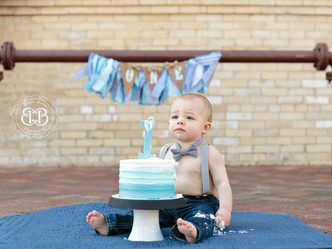 Max is ONE!