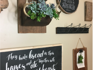 How to Make a Gallery Wall - Tips & Ideas