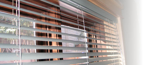 Canmore - Cochrane Aluminum Blinds