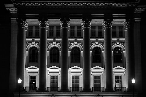 Capitol Exterior BW