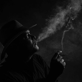 #smoke #portraitphotography #jezjauregui