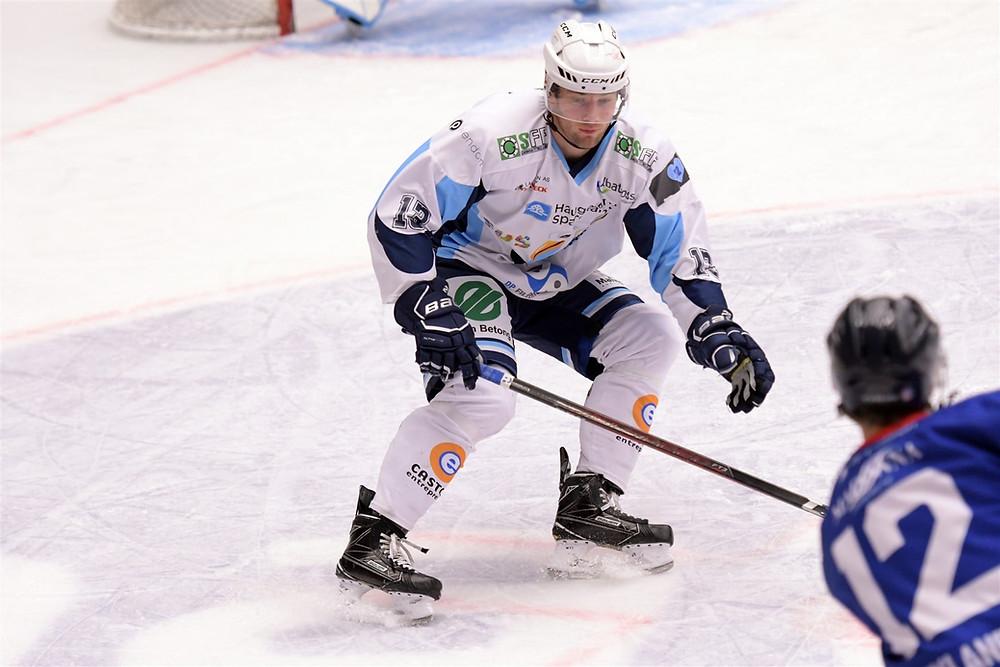 Kalle Rode i aksjon for Haugesund mot Gjøvik tidligere denne sesongen. Foto: Dan K. Reinli