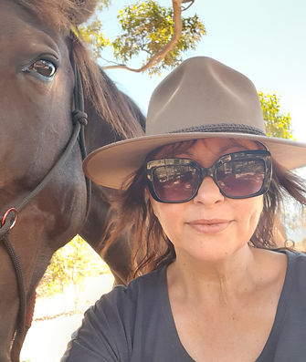 Louise Conte & her horse