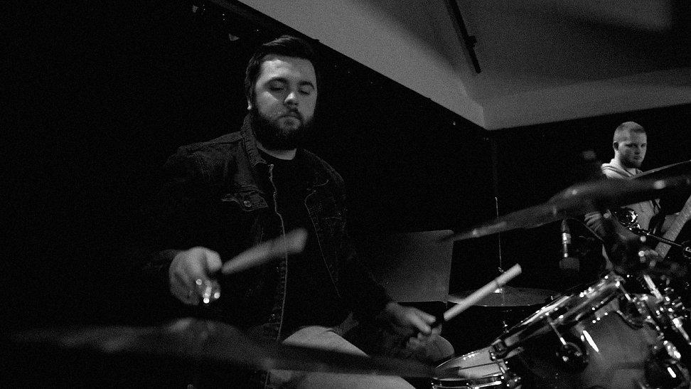 Online Gudstjeneste - trommer.jpg
