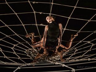 A nő faljon fel, ne a hálózat!