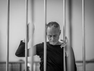 A párizsi lezárásokról - Frenák Pál táncos, koreográfus