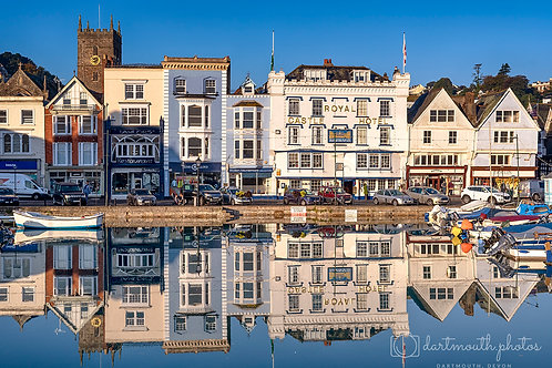 Reflections of The Quay 1,000 piece jigsaw