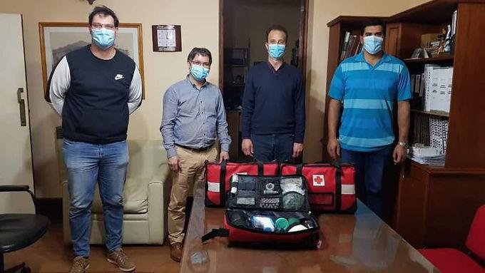 Funcionarios del Ministerio de Salud entregaron kits sanitarios en Oncativo