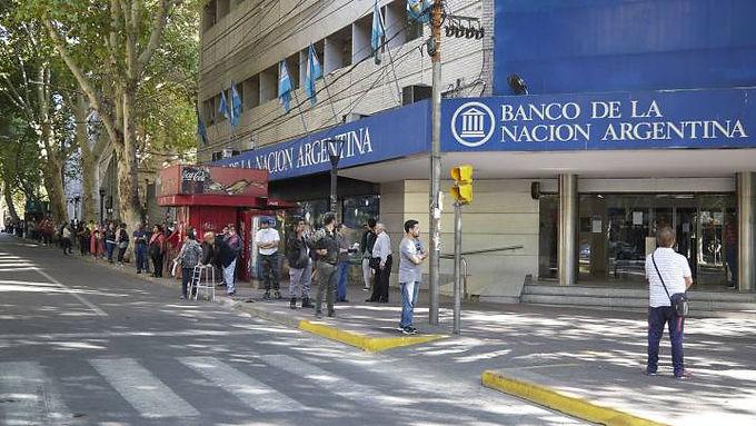 Abren los bancos sábado y domingo