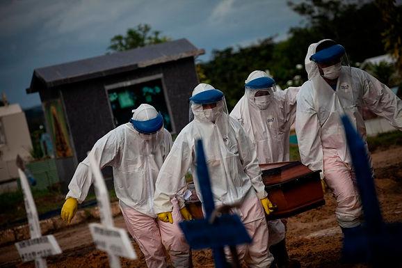 A un año de que comenzara la pandemia, Brasil superó los 250 mil muertos por COVID-19