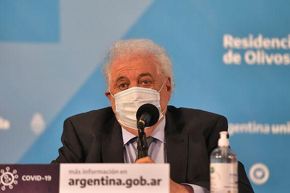 Detectan variantes brasileñas de COVID-19 en viajeros argentinos
