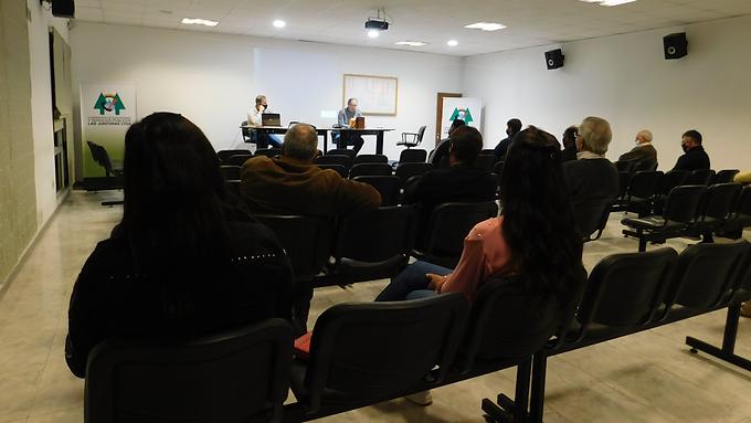Asamblea en la Cooperativa de Servicios Públicos de Las Junturas