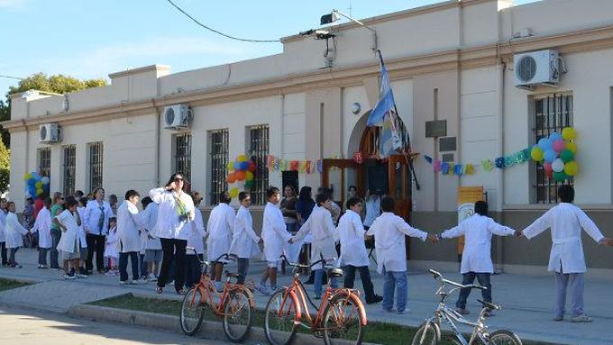 """107° Aniversario de la Escuela Primaria """"Rivera Indarte"""" de Calchín"""