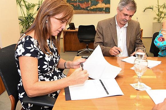 El Gobierno y UEPC acordaron pauta salarial para 2019