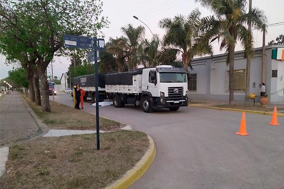 Ciclista falleció al ser arrollado por un camión en Carrilobo