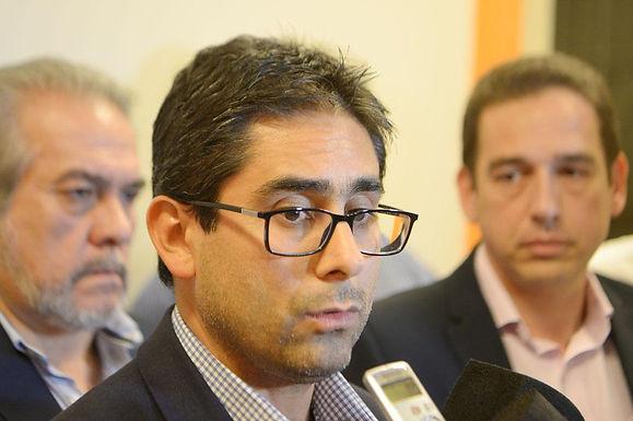 Córdoba evalúa habilitar reuniones de hasta diez personas