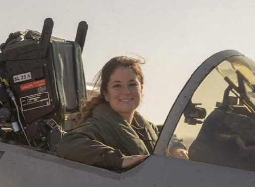 La primera piloto de aviones caza del país es cordobesa