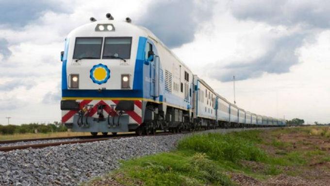 El tren de pasajeros que conecta Córdoba con Buenos Aires volvió a circular