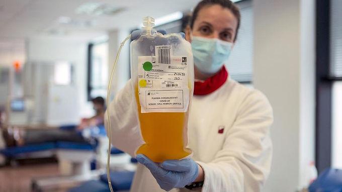 Aplicaron plasma a cuatro pacientes de Covid-19 en Buenos Aires