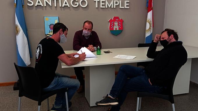 El Intendente Ferace invierte para avanzar con la obra pública en Santiago Temple