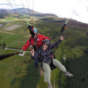 Paragliding in New Zealand