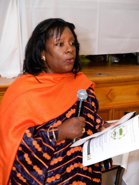 Well Woman Program Director receives humanitarian leadership award