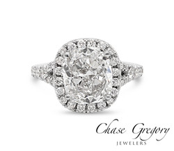 Cushion Diamond Halo