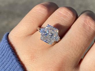 Diamond Cuts: How a diamond's cut affects its beauty.