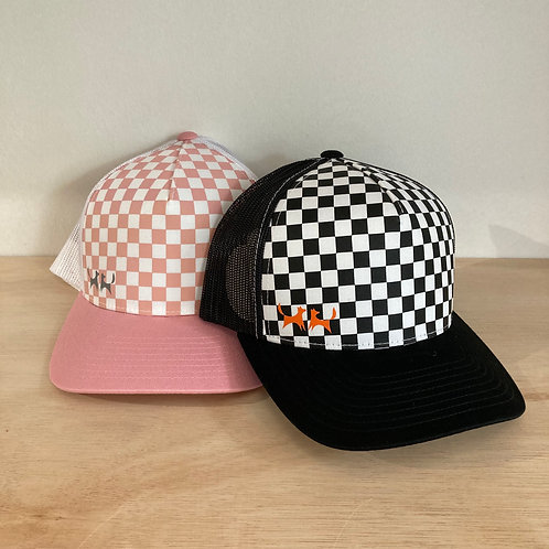 Two Red Dogs Chequered Retro Trucker Cap