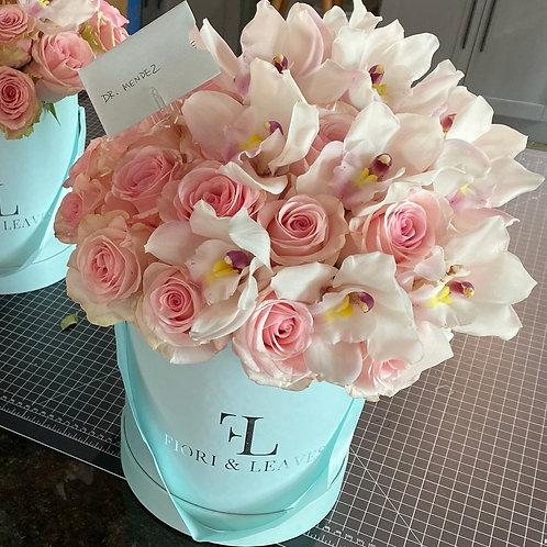 Pale Pinks - Orchids & Roses