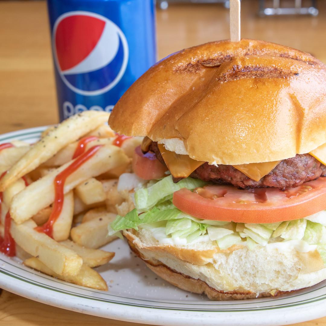 Deluxe Cheeseburger