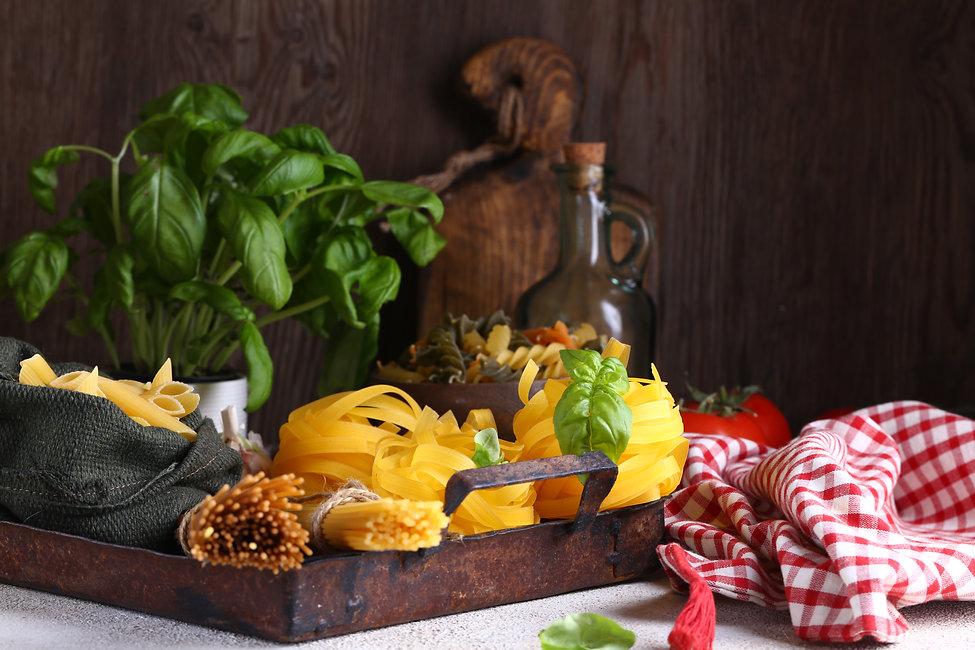 still-life-italian-food-WQCAB9Q.jpg