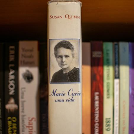 Resenha #3 | Marie Curie: uma vida