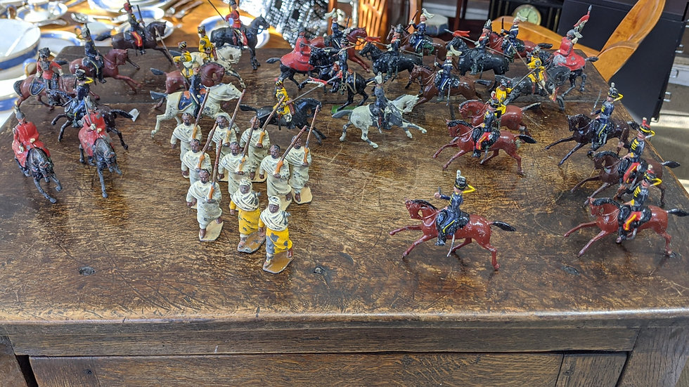 A selection of lead soldiers inc. Britains