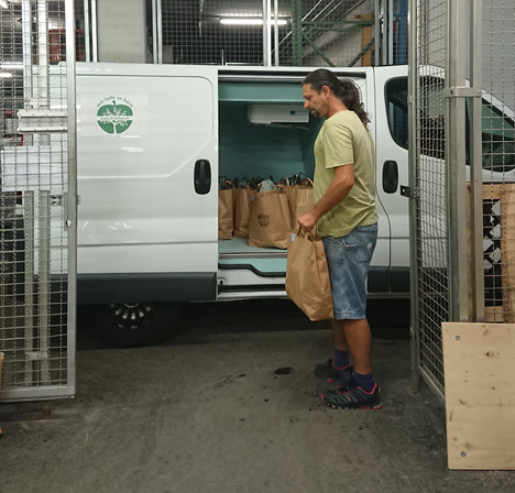 Courier at Frisches.ch