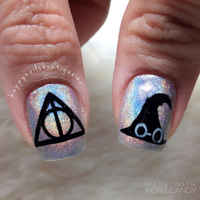 #holographicnails #hologram #naildesign #nailart #naturalnailsgoal #magic #magical #Lakeview #Chicag