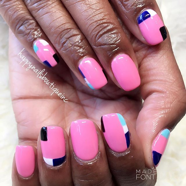 Little color blocks go a long way! #HNB #minimalistic #nails #nailart #naildesign #handpanted #freeh