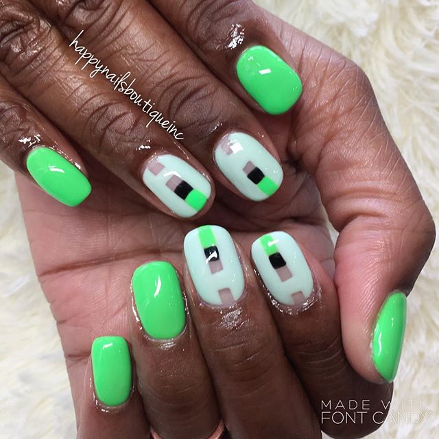 #negativespace And #squares in between! #begreen #summernails #summer #lakeviewchicago #lincolnpark