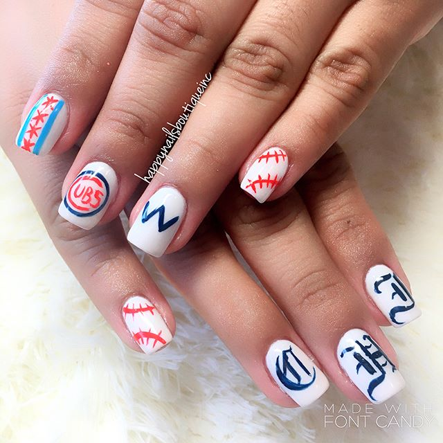 #postseason ready! ⚾️🐻#chicago #chicagocubs #cubs #baseball #season #nails #nailart ##flythew #nail